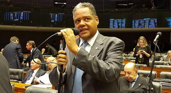 Congresso derruba vetos de Temer ao Pró-Santas Casas